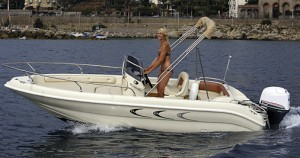 Garda Lake Boat Renting Jaguar 18