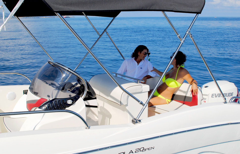 T.A. MARE Nuvola 20 Open boat Gardasee